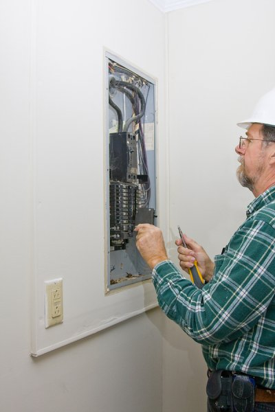 Troubleshooting Electrical Wiring Problems in San Jose, CA